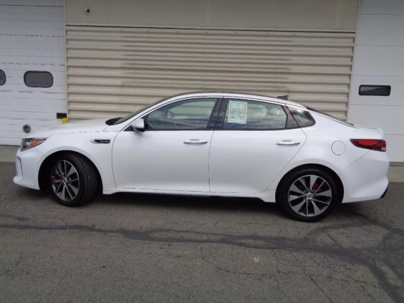 Certified Pre-Owned 2016 Kia Optima SX Turbo